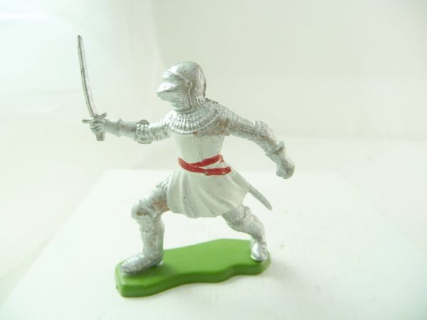 Britains Deetail Knight going ahead with sword, white/silver