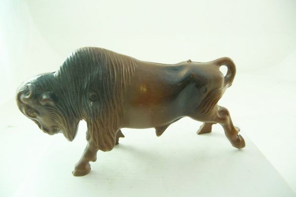 Bergen Toy Buffalo attacking, length 10 cm