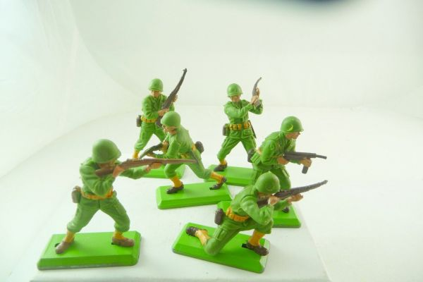 Britains Deetail 6 different American soldiers - brand new