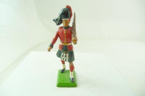 Britains Deetail Black Watch Highlander