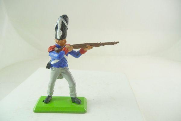 Britains Deetail Waterloo; Französischer Soldat stehend schießend (fester Arm)