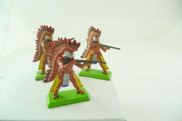 Britains Deetail 3 Indians standing firing