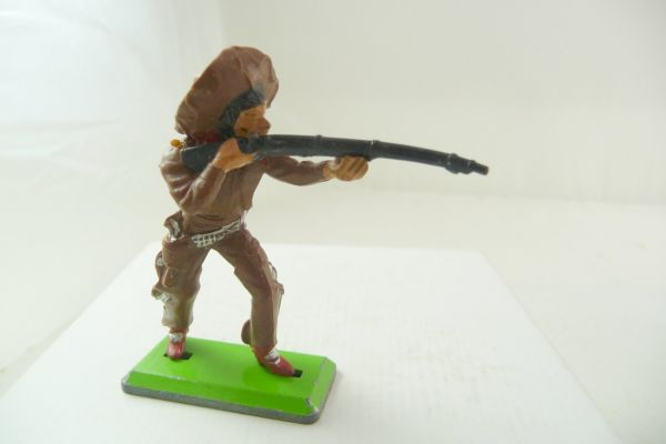 Britains Deetail Mexican standing firing, dark-brown - rare colour combination