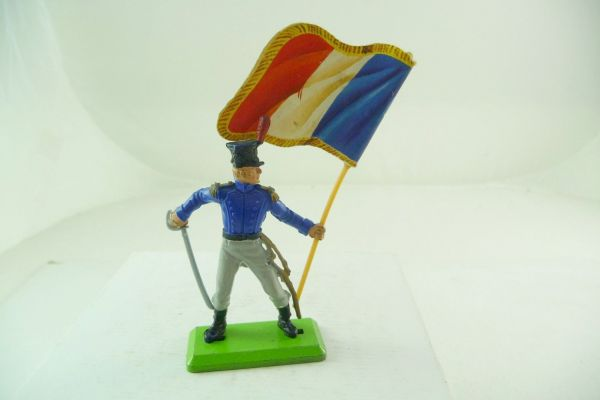 Britains Deetail Waterloo; Frenchman standing with sabre + flag