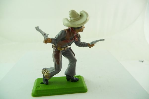 Britains Deetail Mexican standing, firing with 2 pistols (DSG - made in Argentina)