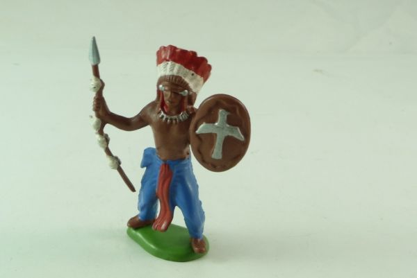 Britains / Herald Indian standing with spear and shield