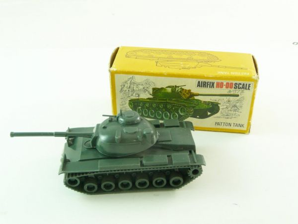 Airfix 1:72 H0-00 Scale Patton Tank, No. 1653 - orig. packing, box with traces of storage