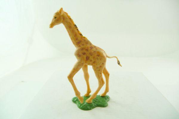 Britains Giraffe walking