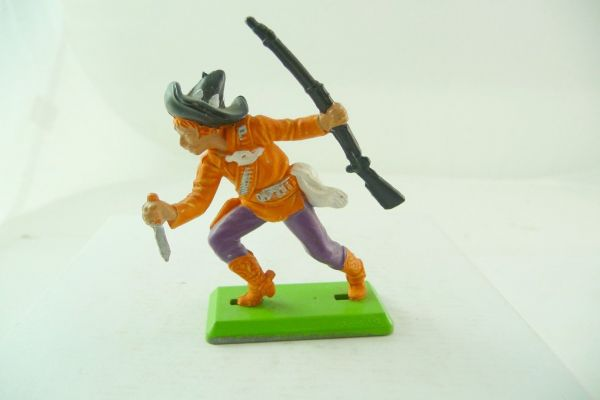 Britains Deetail Mexican going ahead with knife + rifle, orange/purple