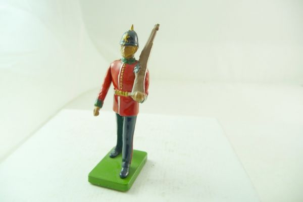 Britains Deetail Music Corps, soldier rifle shouldered