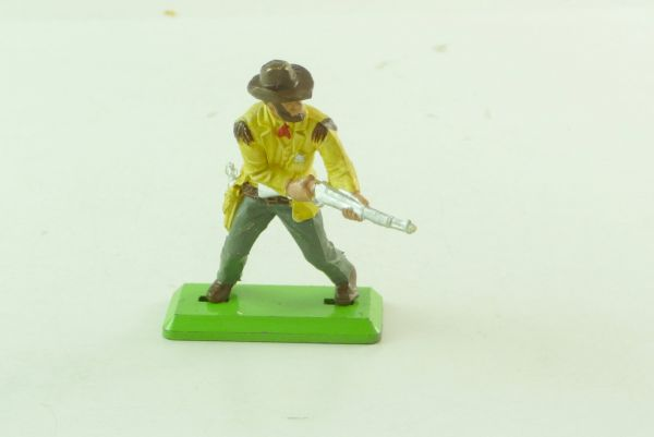 Britains Deetail Cowboy / Sheriff standing, firing with rifle from the hip