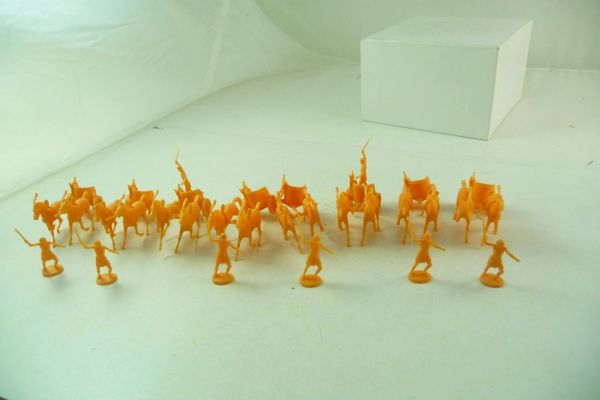 Atlantic 1:72 The Egyptians, 8 chariots with crew (72 pieces)
