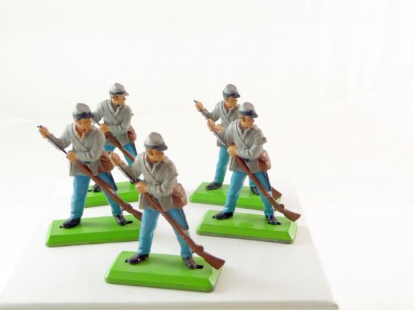 Britains Deetail 5 Confederate Army soldiers, loading rifles - very good condition