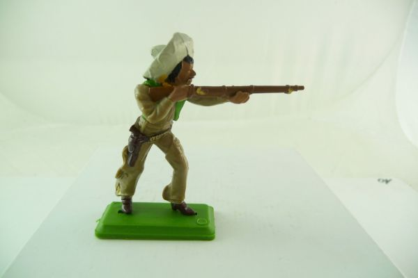 Britains Deetail Mexican going ahead with rifle + knife - great colour combination