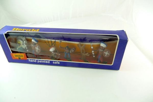 Britains / Herald Britains / Herald blisterpack No. 4506 with 5 Indians and accessories