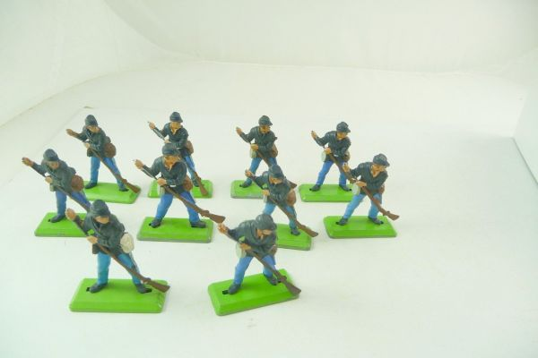 Britains Deetail 10 Union Army soldiers standing loading - used condition