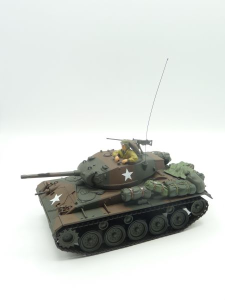 Unimax Toys Forces of Valor Cadillac M24 Chaffee tank, suitable for 1:32