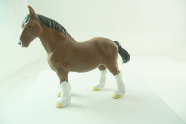 Britains Workhorse / heavy horse - brand new, very rare colour