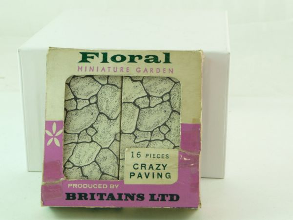 "Britains Floral Miniature Garden ""Crazy Paving"", No. 2569 - orig. packing"