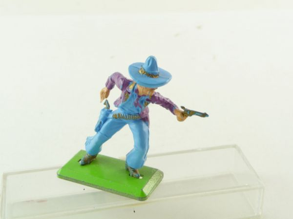 Britains Deetail Mexican standing, firing with pistol, light-blue/purple