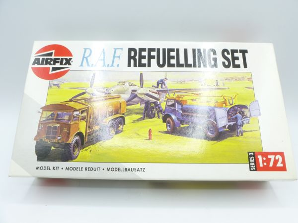 Airfix 1:72 R.A.F. Refuelling Set, No., 3302 - orig. packaging, parts on cast