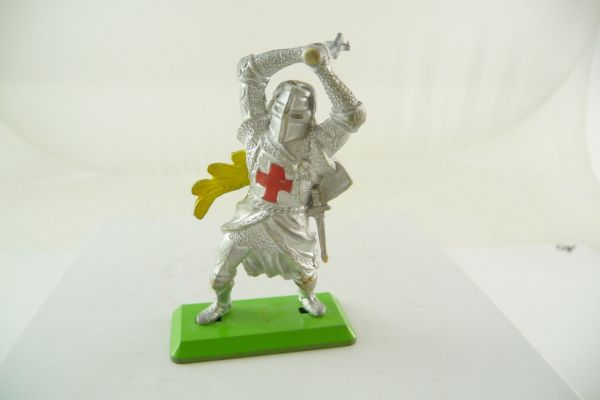 Britains Deetail Knight standing, striking with mace ambidextrous over head