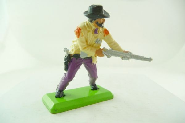 Britains Deetail Sheriff with rifle going ahead