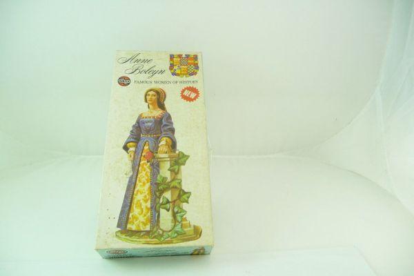 Airfix 1:72 Anne Boleyn 1:12 model kit, No. 03542-8 - orig. packaging