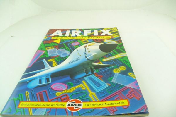 "Airfix ""Das Modellbau-Handbuch 1984"", over 40 pages, with colour chart"
