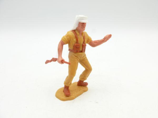 Timpo Toys Foreign legionnaire, rifle sideways, greeting