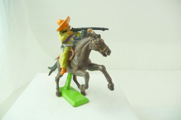 Britains Deetail Mexican riding, firing with rifle