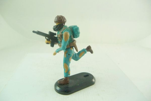 Britains Deetail Task Force Special Unit Soldier running with MG