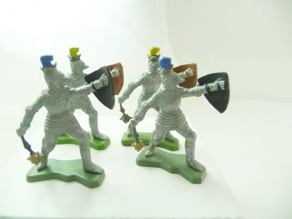Britains Deetail 4 knights with flail + shield - 2 shield without stickers