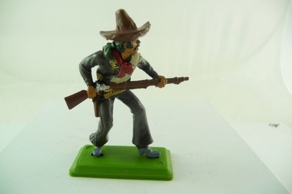 Britains Deetail Mexican going ahead with rifle + knife, black