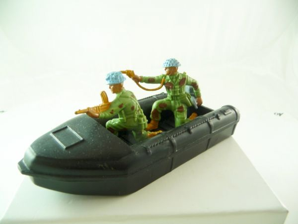 Britains Deetail Modern Army - inflatable boat with soldier