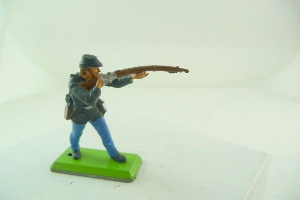 Britains Deetail Union army soldier standing firing (movable arm) - brand new