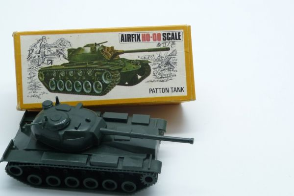 Airfix 1:72 H0-00 Scale Patton Tank - orig. packing, unpainted, box good condition