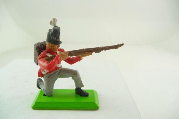 Britains Deetail Waterloo; Englishman kneeling firing