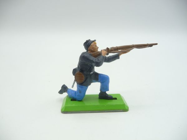 Britains Deetail Union Army Soldier kneeling firing (movable arm)