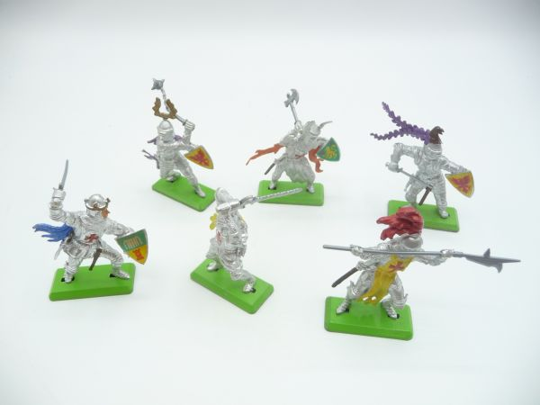 Britains Deetail 6 knights 1st version in different positions - brand new