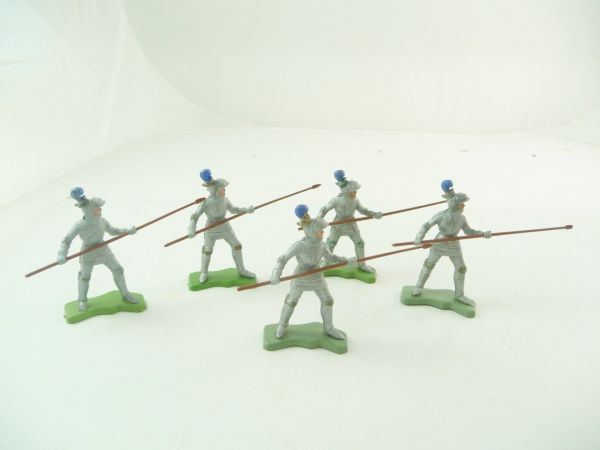 Britains Deetail 5 knights going ahead with spear / lance, silver / blue plume