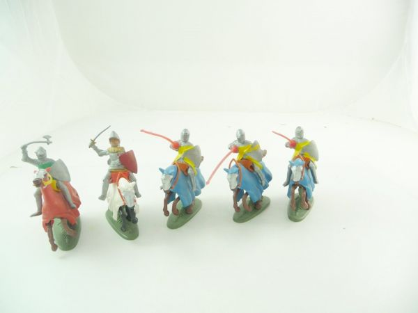 Britains Deetail 5 knights riding - stickers on shields missing