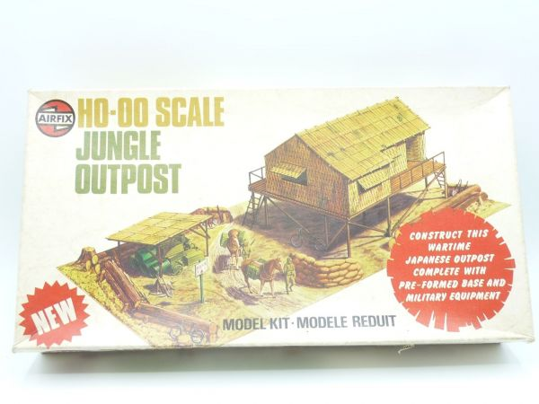 Airfix 1:72 Jungle Outpost, Nr. 04381-8, inkl. Spielplan - Teile z.T. am Guss