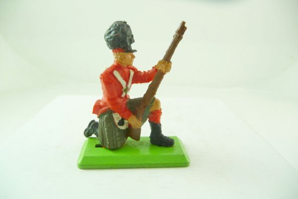 Britains Deetail Englishman kneeling loading - brand new