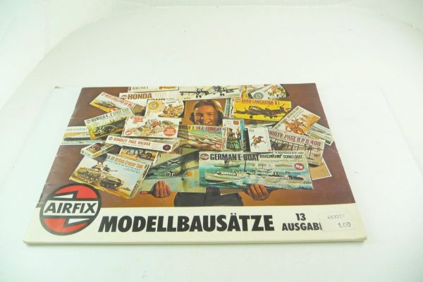 """Airfix Catalogue """"Modellbausätze"""" 13. edition, 1976, 80 colourful illustrated pages"""
