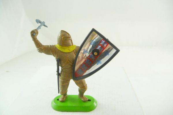Britains Deetail Knight with battleaxe from above