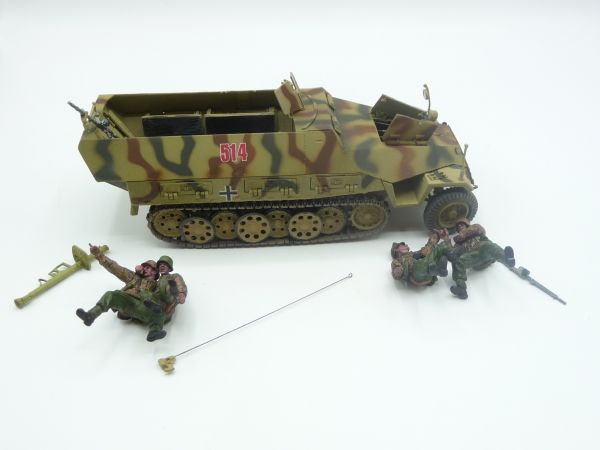 Unimax Toys Half track with soldiers, suitable for 1:32 - scope of delivery see photos