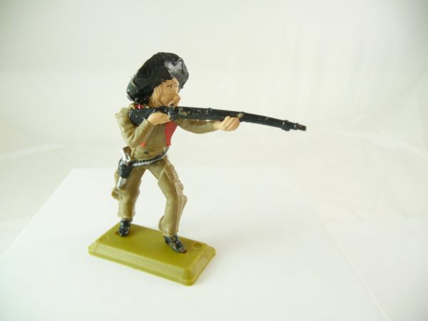 Britains Deetail Mexican standing, firing with rifle, olive/red, Britains DSG