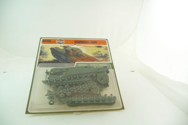 Airfix 1:72 Churchill TANK, Series 1 Scale Model Construction Kit - orig. packing