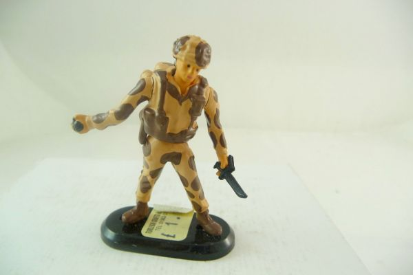 Britains Deetail Task Force Soldat mit Messer + Handgranate
